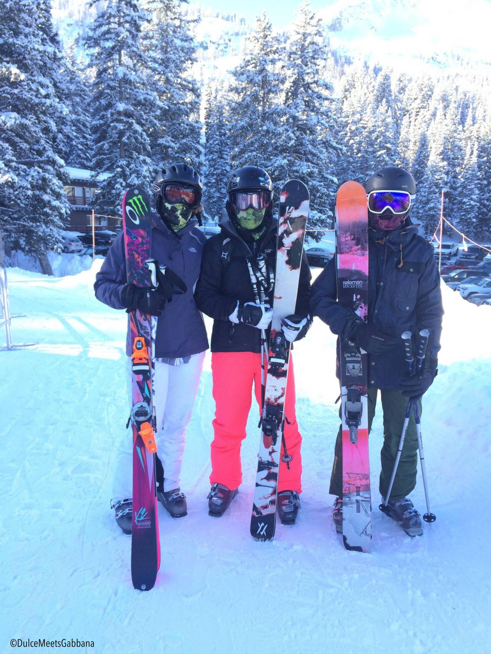 Three_skiers_Fotor